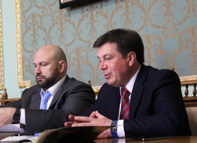 До Чернівців із робочим візитом прибув віце-прем'єр Геннадій Зубко – фото