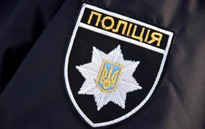 На Буковині група осіб жорстоко побила 18-річну дівчину