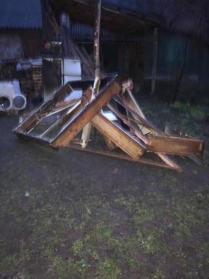 Буковинців закликають допомогти сім'ї, яка залишилась без даху над головою