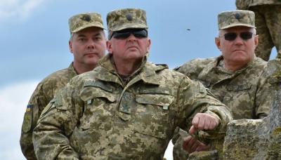Муженко: Дислокація російських військ дозволяє їм без підготовки почати повномасштабний конфлікт