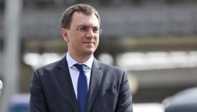 Платники податків вклали 155 мільярдів, щоб врятувати Приватбанк - Омелян