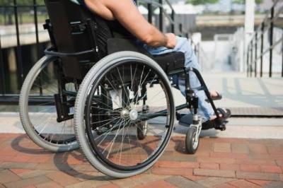 Заклади культури зобов'язали створювати безбар'єрний простір для людей з інвалідністю