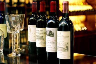 У Франції внаслідок пожежі знищено 2 млн пляшок вина вартістю $13 млн
