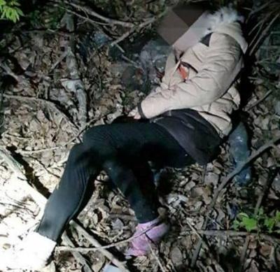 У Чернівцях у лісопосадці патрульні знайшли жінку з переохолодженням: її забрала швидка