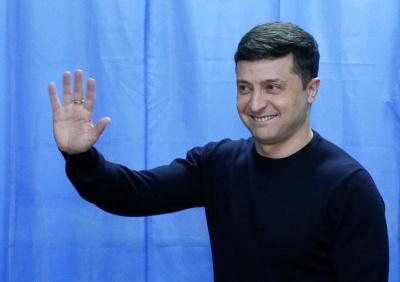 Зеленський проголосував: ішов на дільницю під музику Емінема