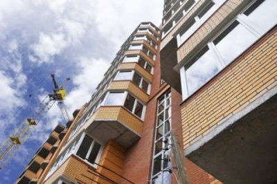 В Одесі літня жінка вижила після падіння з 9 поверху