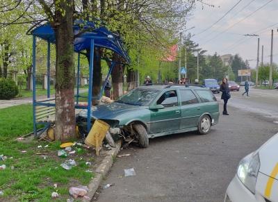 ДТП на Південно-Кільцевій: водій зняв акумулятор і покинув місце пригоди