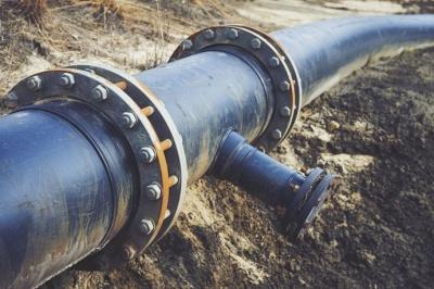 Білорусь призупинила експорт пального в Україну, Польщу, та країни Балтії