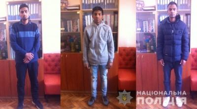 На Буковині поліція розшукує трьох неповнолітніх іноземців, які втекли з притулку