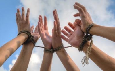 Кожен другий підліток в Україні може стати жертвою торговців людьми - ООН