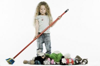 Чи варто платити дитині гроші за виконання домашніх обов'язків