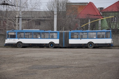 У Чернівцях два тролейбусні маршрути відновлять рух у звичному режимі