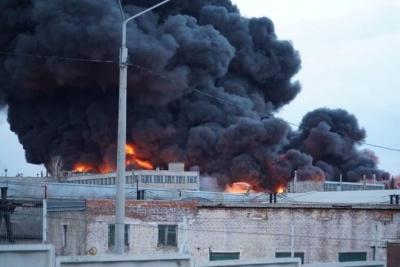 У Росії сталася масштабна пожежа на заводі, де виробляють балістичні ракети