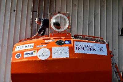 72-річний француз перетнув Атлантику у сталевій бочці