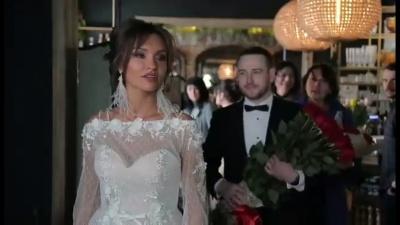 Бешлей показав, як робив пропозицію своїй коханій – відео