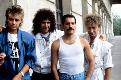 Гурт Queen багатший за королеву Великої Британії