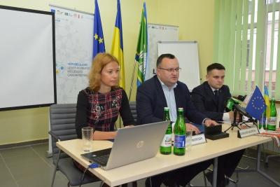 Якість і вартість ремонту доріг у Чернівцях контролюватимуть міжнародні експерти