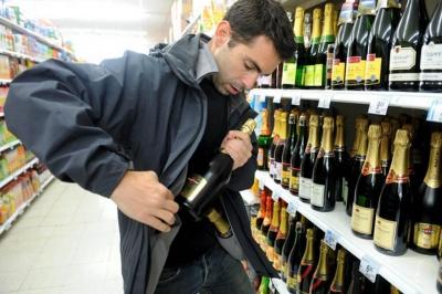 У Чернівцях розшукали серійного крадія товарів з магазинів