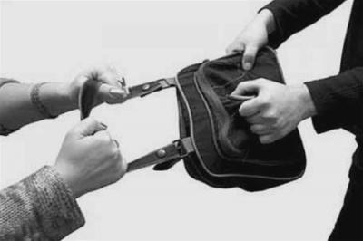 У Чернівцях затримали грабіжника у супермаркеті