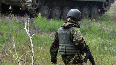 Бойовики обстрілюють позиції ЗСУ на Донбасі. Загинув військовий