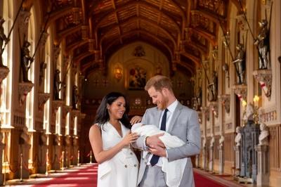 З'явилися перші фото сина принца Гаррі і Меган Маркл