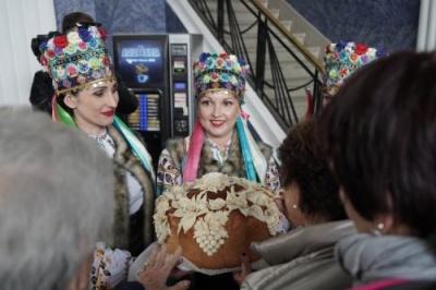 Сьогодні до Чернівців прибув перший чартерний авіарейс з Відня