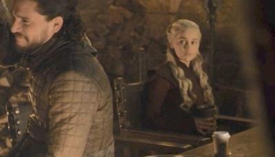 """Starbucks заробив понад $2 мільярди на кіноляпі у """"Грі престолів"""""""