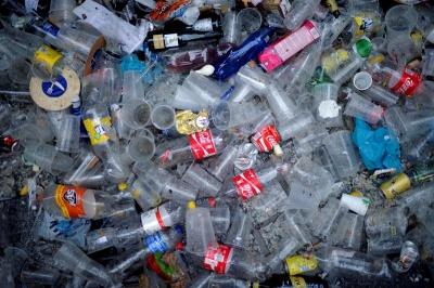 Майже 200 країн уклали пакт, який регулює експорт пластикового сміття в країни, що розвиваються