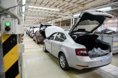 Вітчизняний автопром у квітні випустив лише 139 автомобілів