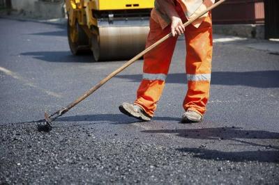 На ремонт двох важливих вулиць Чернівців виділили 21 млн грн