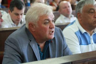 Чесанов каже, що йому дзвонили з Держрезерву щодо тушонки для Чернівців