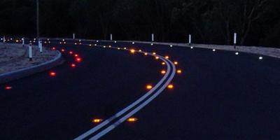 В Україні хочуть зробити обов'язковою світлову розмітку доріг