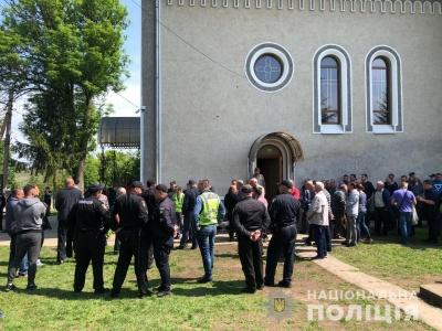 Церковний конфлікт: на Буковині поліція розслідує інцидент в релігійній громаді