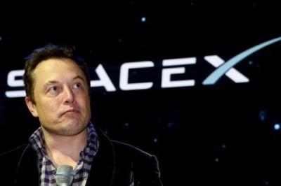 Компанія Ілона Маска SpaceX подала в суд на уряд США