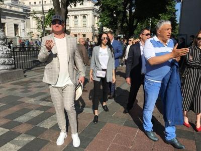 Депутата Чинуша з донькою помітили на інавгурації Зеленського