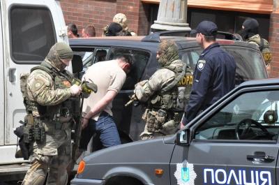 У Чернівцях КОРД затримав квартирних злодіїв - фото
