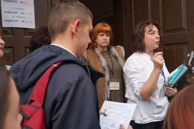 У Чернівцях почалося ЗНО з української мови та літератури - фото