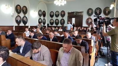 Чернівецька міськрада просить в уряду 200 мільйонів гривень на ремонт вулиці Хотинської