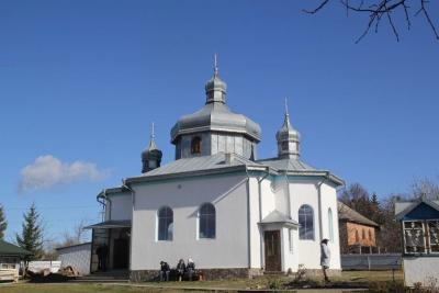 Церковний конфлікт: у селі на Буковині сталося непорозуміння між громадами ПЦУ та УПЦ МП