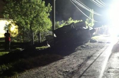 На Буковині у моторошній ДТП загинули двоє молодих хлопців