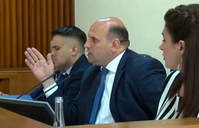 Мунтян каже, що Чернівецька міськрада незаконно розпоряджається землями обласної ради