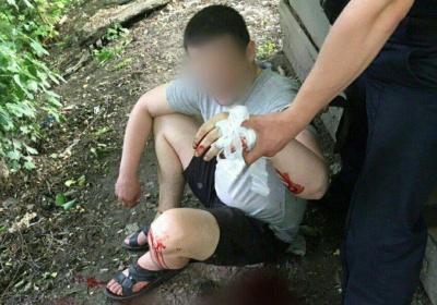 У Чернівцях поліція врятувала чоловіка, який хотів накласти на себе руки – фото