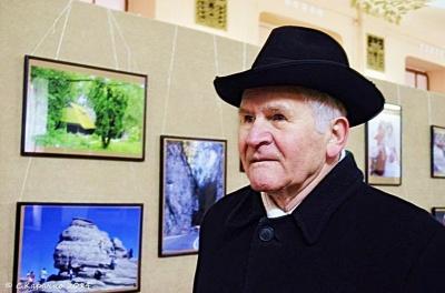 Відомому письменнику з Буковини Мірчі Лютику сьогодні виповнюється 80 років