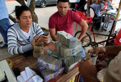 У Венесуелі інфляція сягнула 130060%