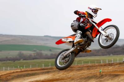 Мотокрос: гонщик з Буковини виборов срібло на 2 етапі чемпіонату України у Ромнах