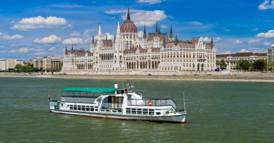 У Будапешті затонув прогулянковий катер. Загинули щонайменше 7 осіб