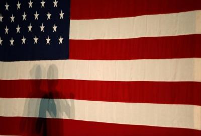 Влада США почала вимагати у заявників на візу посилання на соцмережі