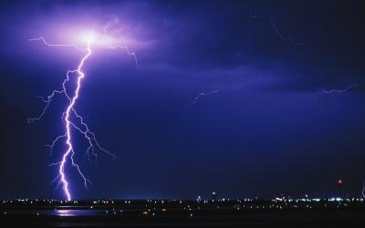 Штормове попередження: на Буковині у найближчі години очікується гроза
