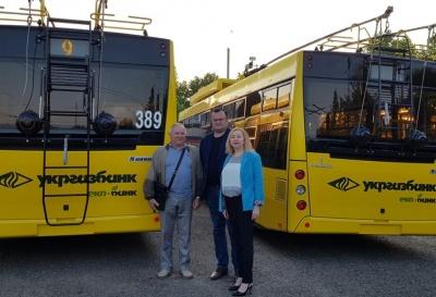 У Чернівцях нові тролейбуси з автономним ходом вийшли на маршрут №9