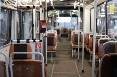 У Чернівцях на літо призупинили пільговий проїзд для школярів та студентів